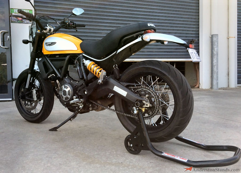 Ducati   Seat Removal